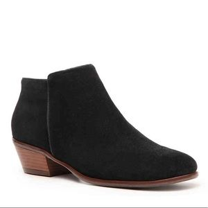 CROWN VINTAGE Tabitha Bootie - Black